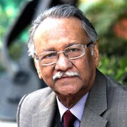 Dr. RAJ BISARIA