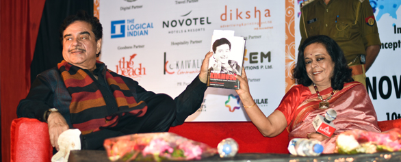 "Shatrughan Sinha in conversation with Bharathi Pradhan  ""Anything But Khamosh"""